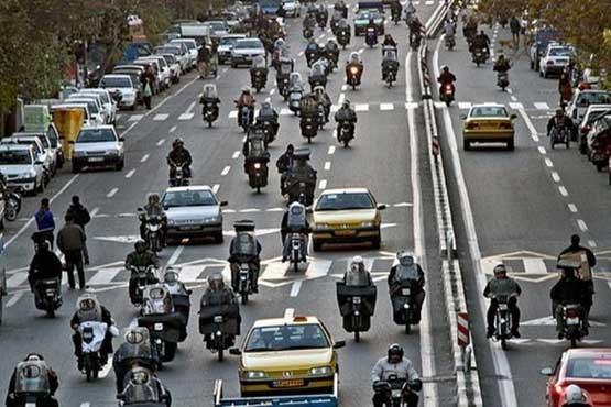 موتورسواران تهرانی قانون را رعایت نمی کنند