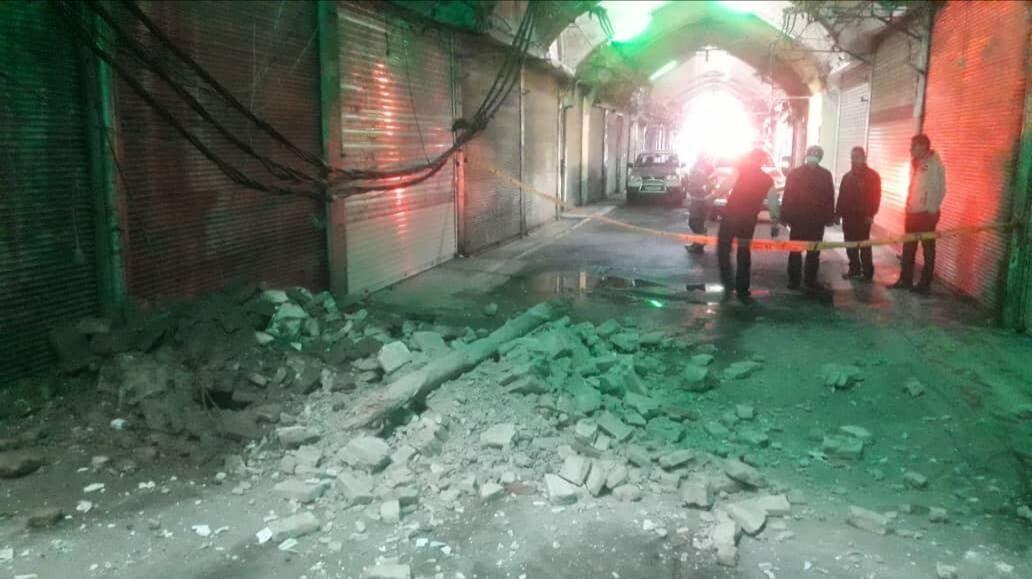 خبرنگاران سقف بازار امین السلطان پایتخت توسط کسبه مرمت می گردد
