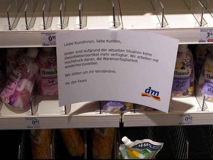 خبرنگاران شیوع کرونا باعث هجوم مردم آمریکا، آلمان و کانادا به فروشگاه ها شد