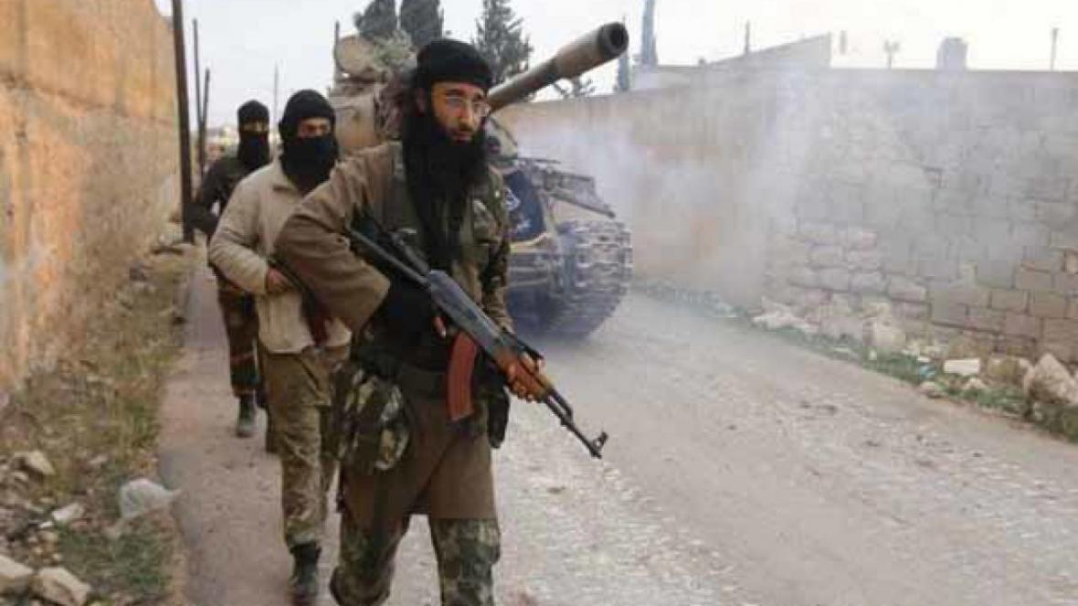 سرقت تجهیزات آبرسانی ادلب سوریه به دست تروریست های جبهه النصره