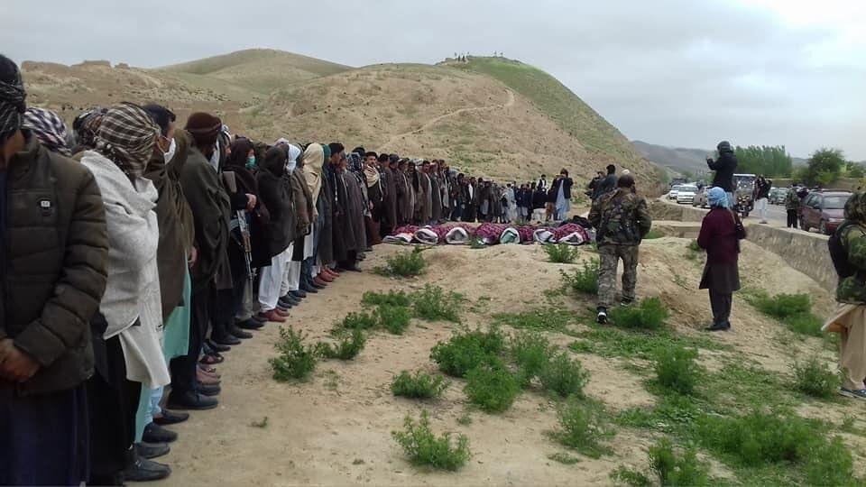 خبرنگاران واکنش ها به کشتار غیرنظامیانی که اسیر طالبان بودند