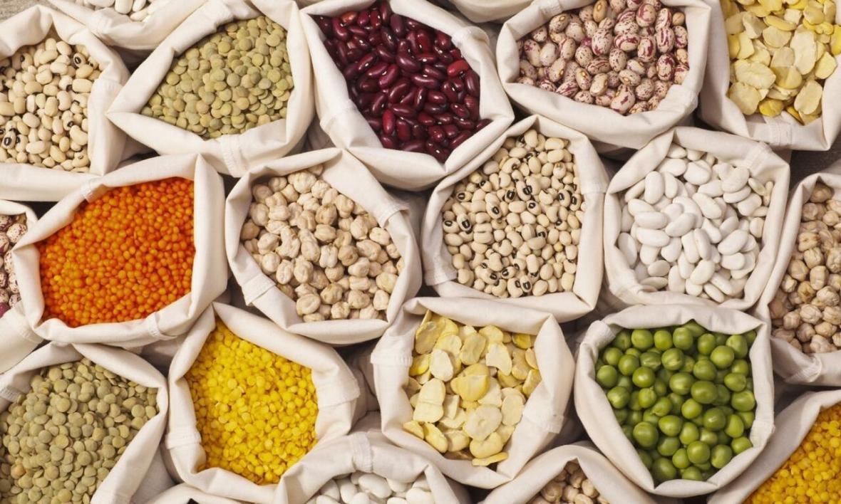 خبرنگاران افزایش قیمت حبوبات در بازار قزوین