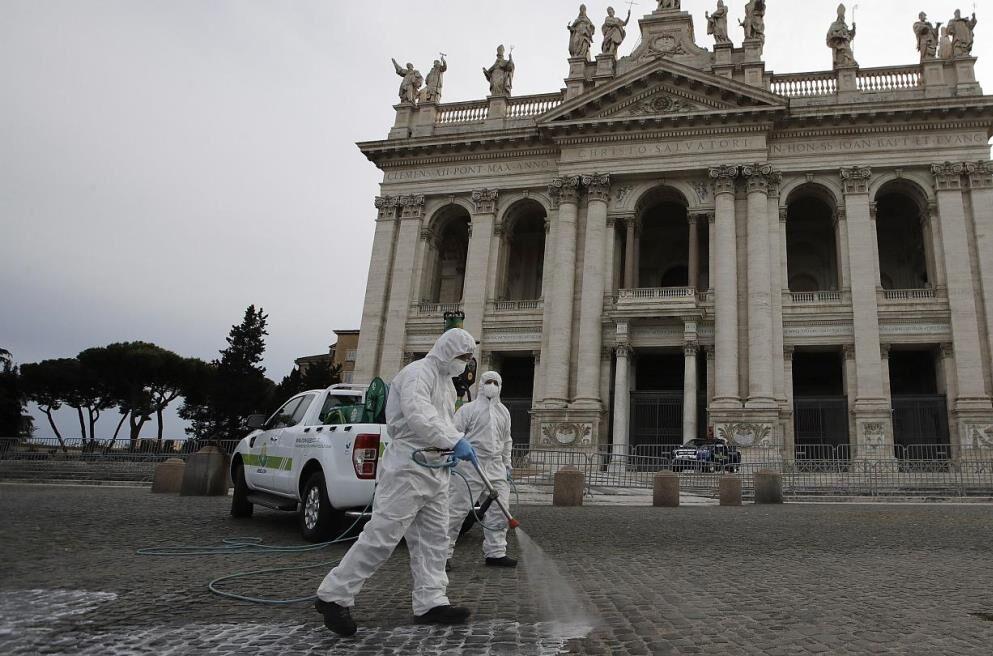 سخت ترین مقررات قرنطینه در ایتالیا کاهش می یابد