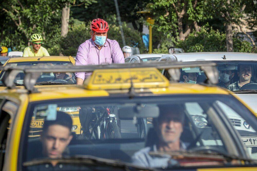 خبرنگاران حناچی: جای وزیر ورزش در رکاب زنی سه شنبه های بدون خودرو خالی است