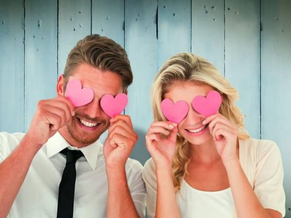 9 نشانه عاشق شدن
