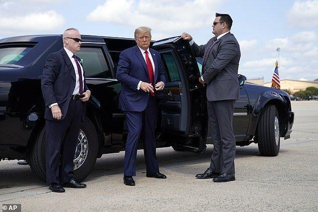 ترامپ مبلغی سنگین از جیبش را خرج تبلیغات برای انتخابات می نماید