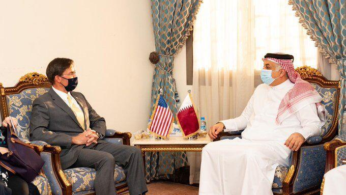 خبرنگاران وزیر دفاع آمریکا با همتای قطری خود ملاقات کرد