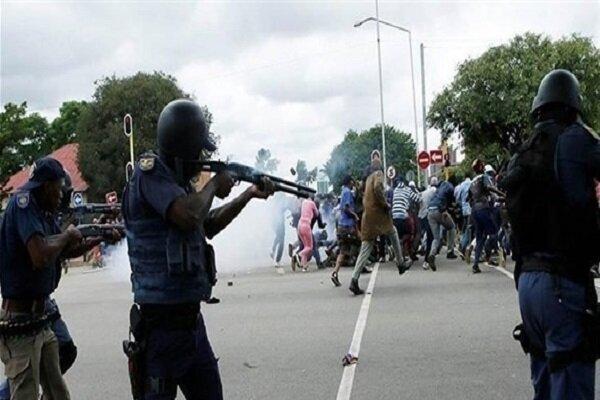 حمله نیروهای امنیتی سودان با گاز اشک آور به معترضان