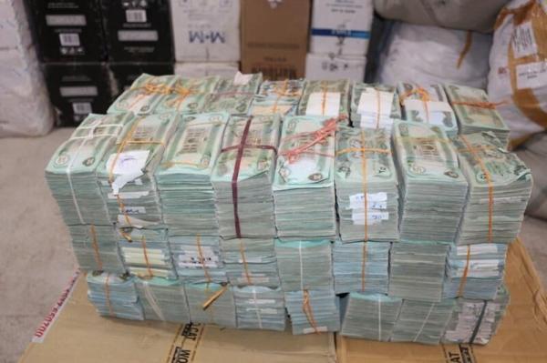 خبرنگاران بیش از یک میلیون دینار عراقی قاچاق در مریوان کشف شد