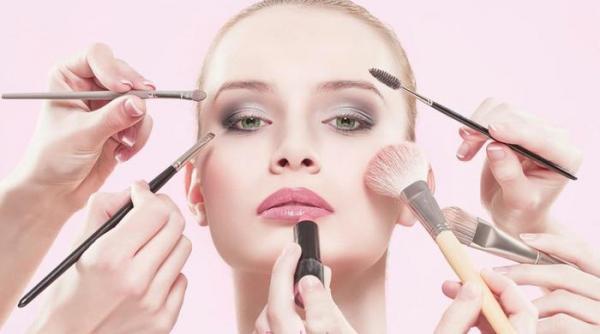 راهنمای کامل و حرفه ای برای خرید ست براش آرایشی