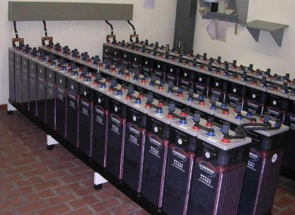فروش باطری های 2 ولت و 12 ولت در ایران توسط تسلا
